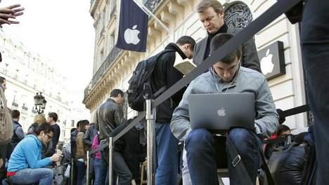 iPad 2 zorgt voor lange rijen voor winkels
