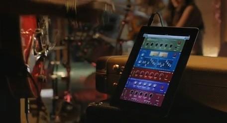 Nieuwe iPad commercial heeft thema LOVE