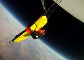 iPad valt 30 kilometer naar beneden en blijft werken [VIDEO]